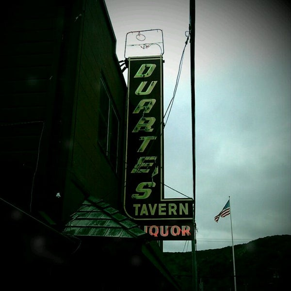 Photo taken at Duarte's Tavern by Victor G. on 1/15/2012