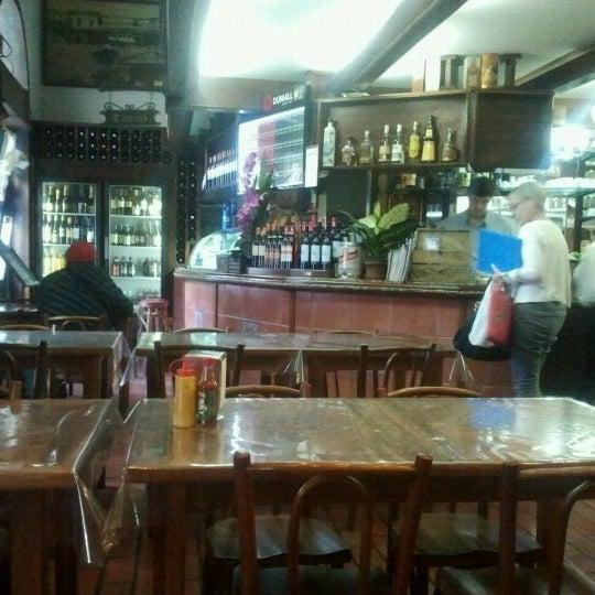 Foto diambil di Gambrinus oleh Adrian Carlos F. pada 3/27/2012
