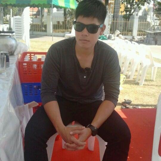 Photo taken at พระบรมสารีริกธาตุ วัดพระศรีมหาธาติ by SnapGab J. on 12/31/2011