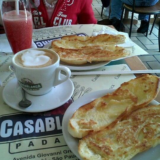 Foto scattata a Padaria Casablanca da Vitor L. il 11/5/2011