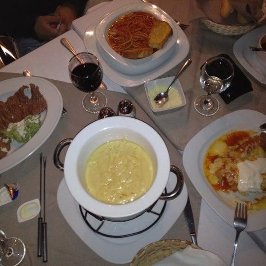 La atención extraordinaria, y  la comida deliciosa. Parada obligatoria cuando vengan a Tequisquiapan. Prueben el fondue y las enchiladas rojas gratinadas.