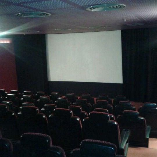 11/29/2011 tarihinde Mstf N.ziyaretçi tarafından Spectrum Cineplex'de çekilen fotoğraf