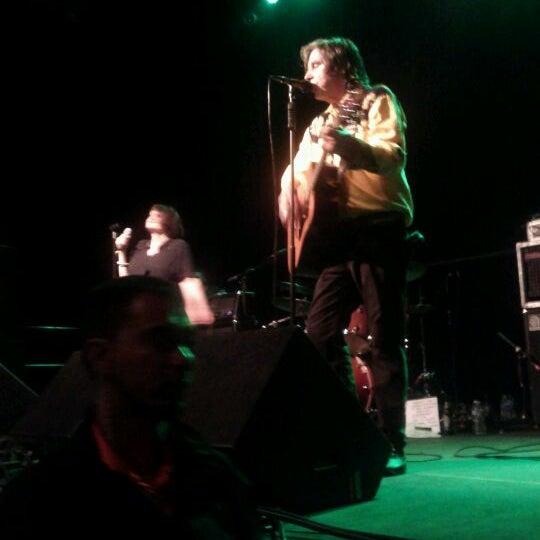 รูปภาพถ่ายที่ Summit Music Hall โดย Kristi M. เมื่อ 10/9/2011
