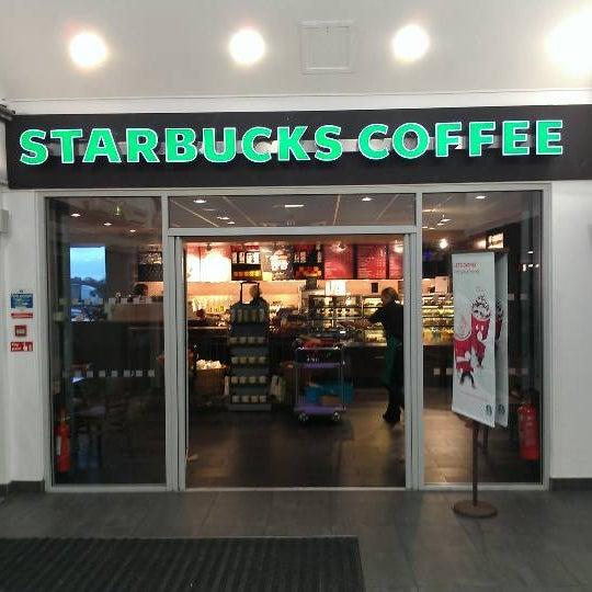 Photo taken at Starbucks by Chris F. on 1/4/2012
