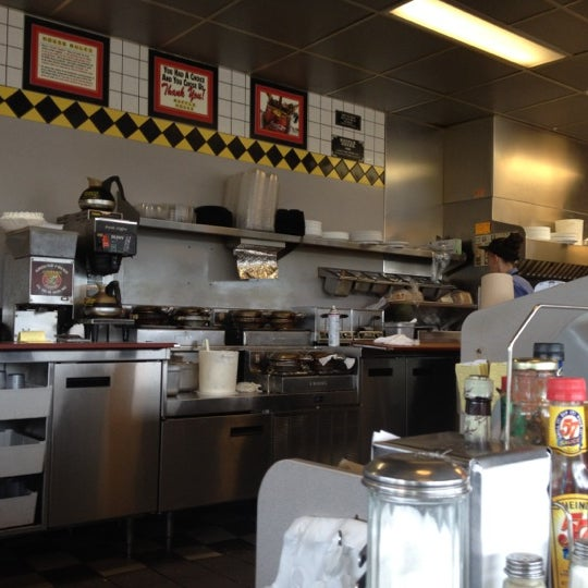 Photo taken at Waffle House by Craig D. on 6/26/2012