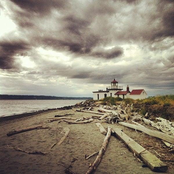 Westlight House: Discovery Park West Pt. Lighthouse
