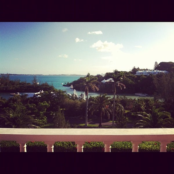 Photo taken at The Mid Ocean Club by Shane T. on 9/13/2012