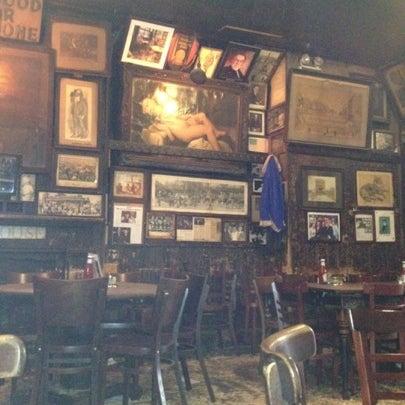 Photo prise au McSorley's Old Ale House par Victor J. le8/7/2012