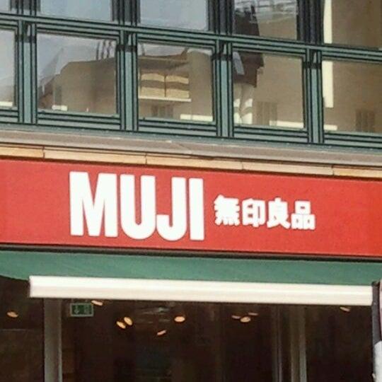 Das Foto wurde bei MUJI von Kay v. am 9/26/2011 aufgenommen