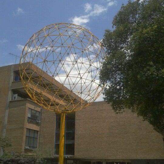 Fotos en facultad de arquitectura unam facultad y for Decano dela facultad de arquitectura