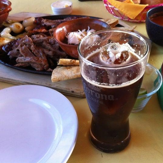 Foto tomada en El Rincón Mexicano por i-Van J. el 7/30/2012