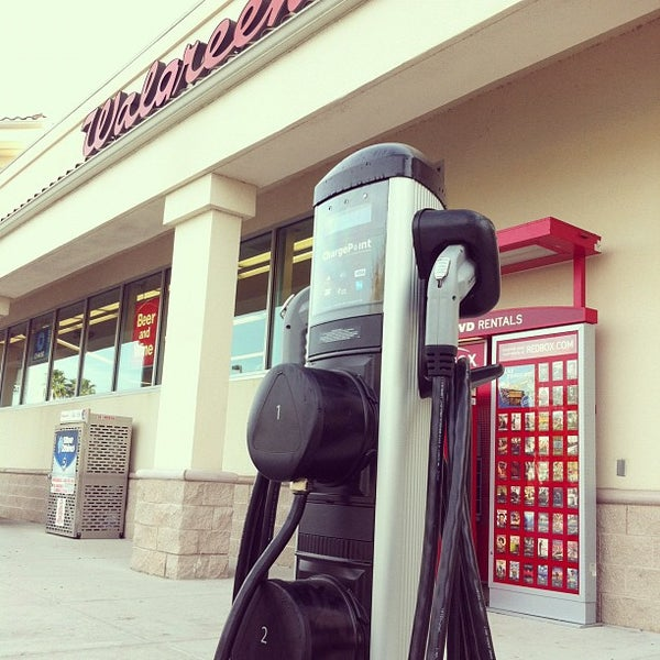 Photo taken at Walgreens by Hector S. on 2/5/2012