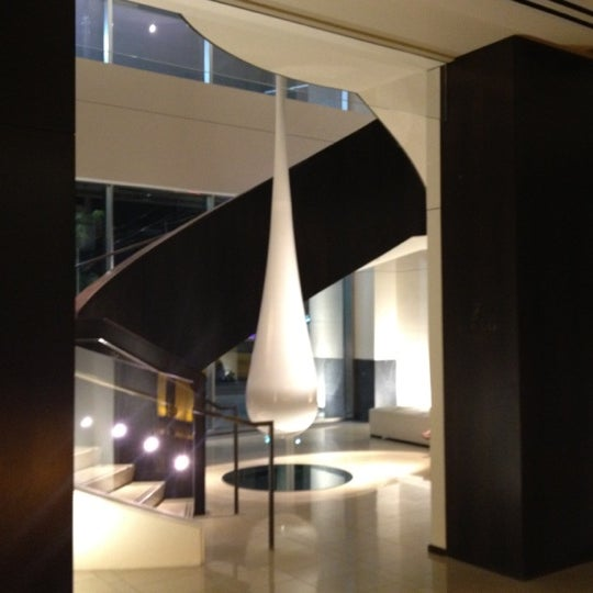 Photo taken at The Setai Fifth Avenue by Gaston on 8/25/2012