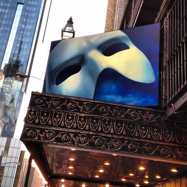 Foto tirada no(a) Majestic Theatre por Leo D. em 8/5/2012