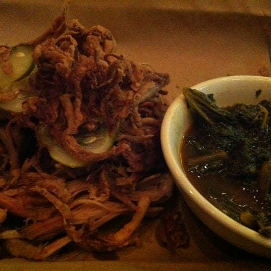 Photo taken at Doc Crow's Southern Smokehouse & Raw Bar by Amy W. on 12/6/2011