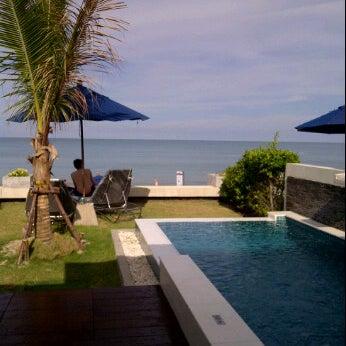Superb beachfront pool villa