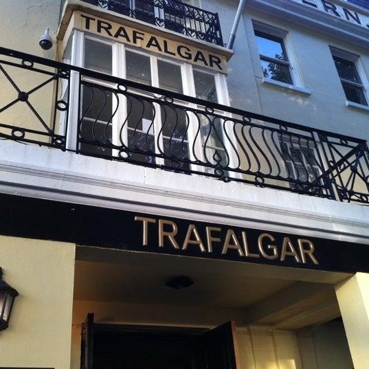 Photo taken at Trafalgar Tavern by Henrique R. on 9/16/2011