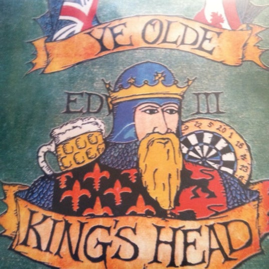 Photo taken at Ye Olde King's Head by Stephanie F. on 7/30/2011
