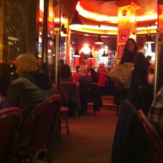 Photo taken at Indiana Café – République by Chris on 10/18/2011