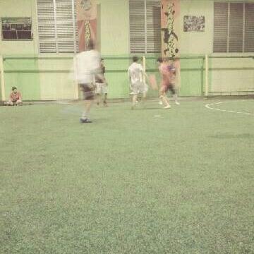 Foto tomada en Planet Futsal por debby t. el 3/31/2012