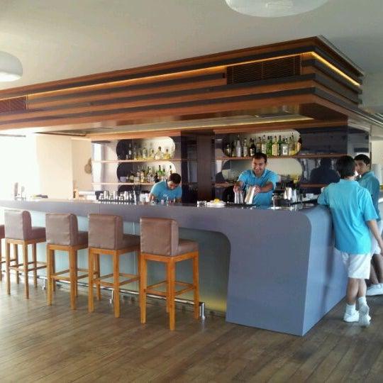 Снимок сделан в Shore House Lounge пользователем Ниджат Г. 12/29/2011