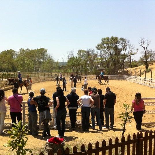 5/22/2011 tarihinde Tugba E.ziyaretçi tarafından AtlıTur At Çiftligi'de çekilen fotoğraf
