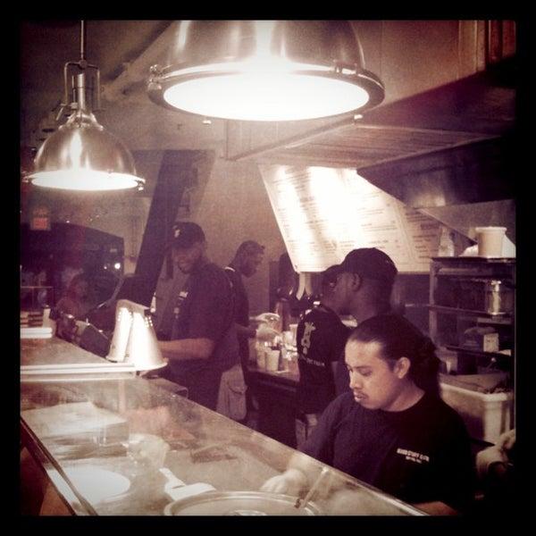 Das Foto wurde bei Good Stuff Eatery von Adam W. am 7/9/2011 aufgenommen