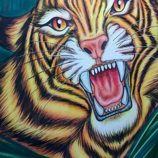 Photo taken at Safari Computadores by Edward R. on 3/23/2012