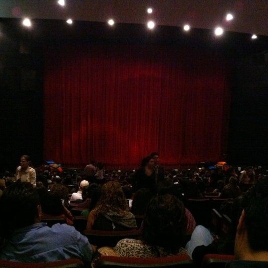 Foto tomada en Teatro Hidalgo por Salvador L. el 7/30/2011