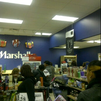 Photo taken at Marshalls by Ricky M. on 11/12/2011