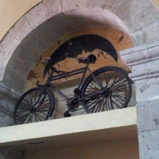 Foto tomada en Cantina La Fuente por Nacho L. el 10/17/2011