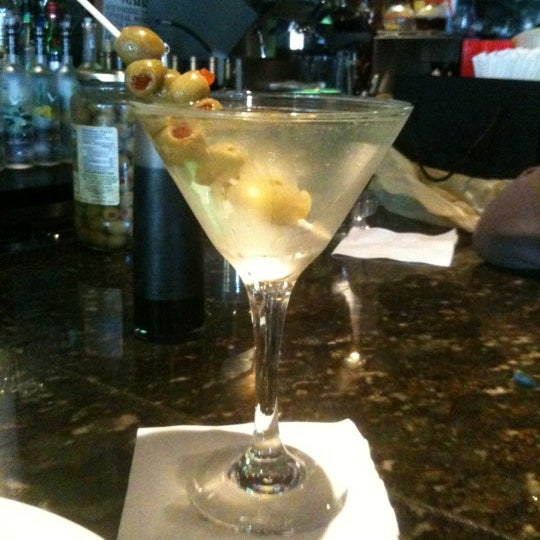 Photo taken at Plaza Lounge - Kitchen and Bar by Milvic P. on 9/21/2011