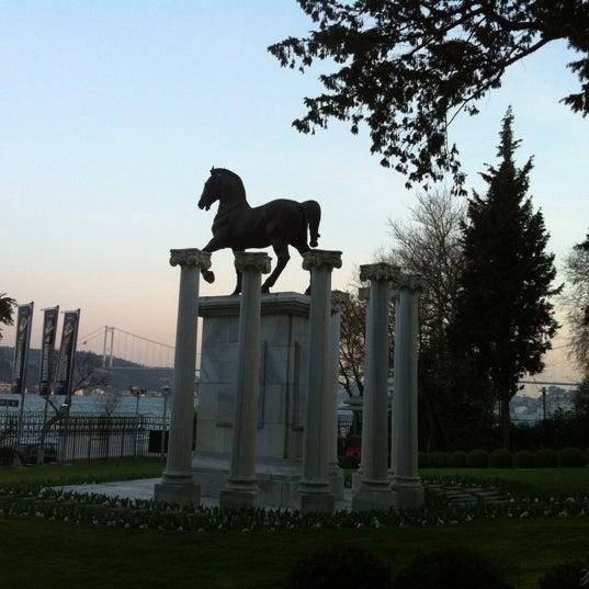 Das Foto wurde bei Sakıp Sabancı Müzesi von Ayhan E. am 3/29/2012 aufgenommen