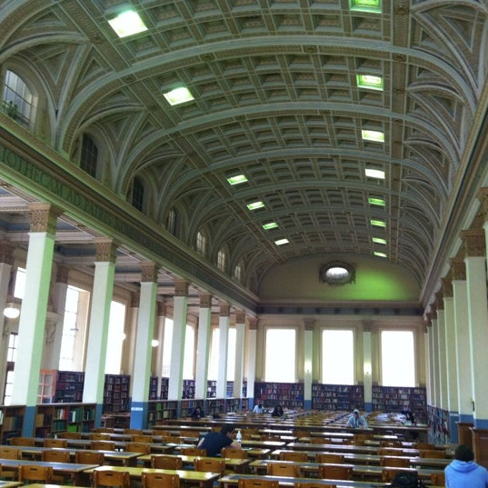 Photo taken at Barr Smith Reading Room by Lynn A. on 8/21/2012
