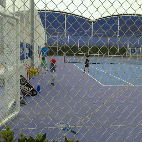 Photo taken at Ciudad de la Raqueta by Carmen G. on 5/12/2012
