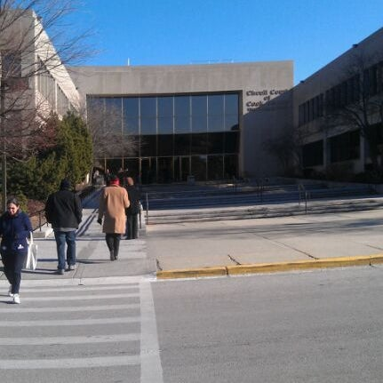 Photo Taken At Cook County Circuit Court By Lauren L. On 1/9/