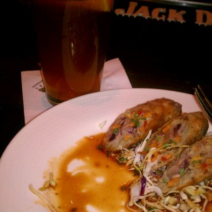 Photo taken at 5 Seasons Brewing by Odell on 2/25/2012