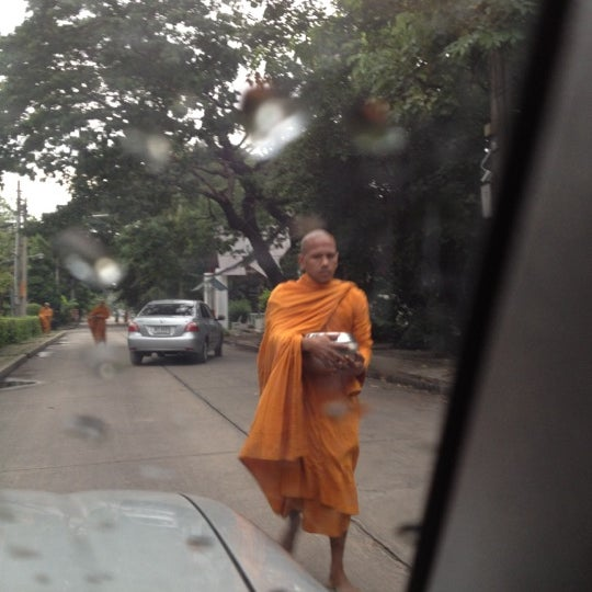Photo taken at ลานใส่บาตร by Som O D. on 7/17/2012
