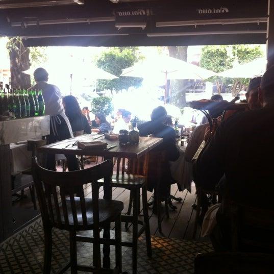 Foto tomada en Rocco & Simona Pizza al Forno por Francisco Q. el 8/16/2012
