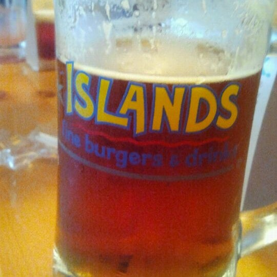 Islands Fine Burgers Drinks Long Beach Ca