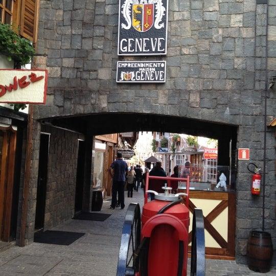 Foto tirada no(a) Boulevard Geneve por Rafael F. em 6/13/2012