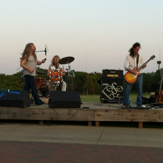 Photo taken at Ventana Grille by Gary P. on 5/26/2012