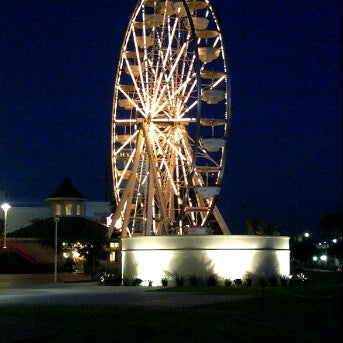Photo taken at Ferris Wheel At The Pike by Angelique D. on 1/14/2012