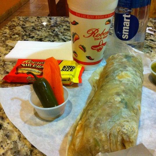 Photo taken at Roberto's Taco Shop by Mario on 6/4/2012
