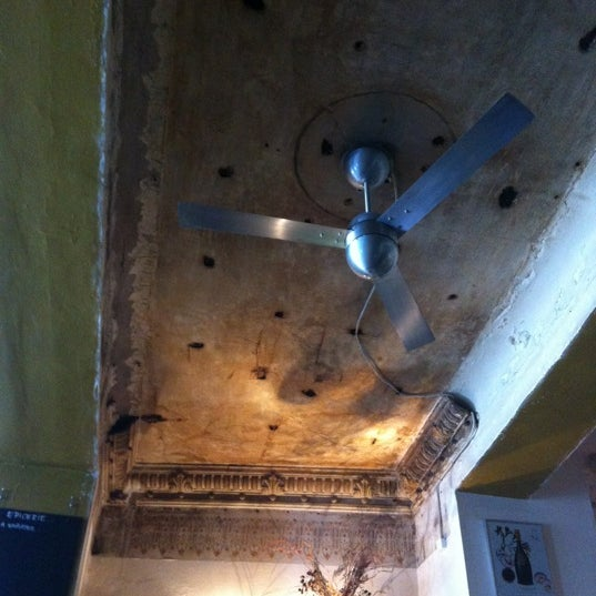 Das Foto wurde bei Brasserie La Bonne Franquette von Frank P. am 6/22/2012 aufgenommen