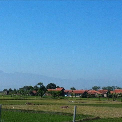 Foto diambil di SMA Negeri 25 Bandung oleh Monica B. pada 7/23/2012