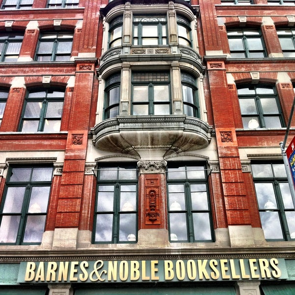 Biggest and best Barnes & Noble in the city.