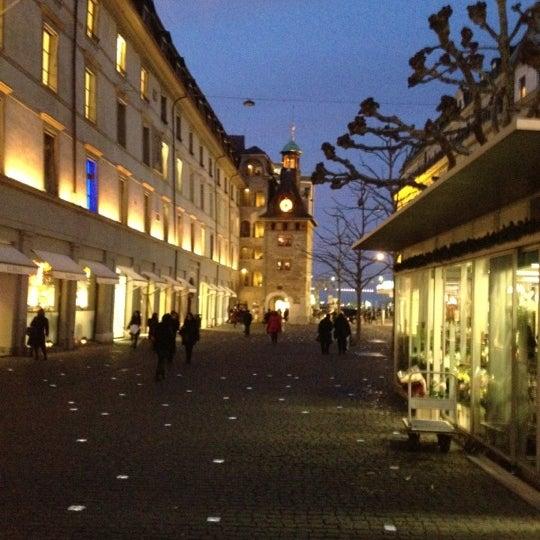 2/28/2012にDimuanがPlace du Molardで撮った写真