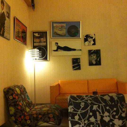 Photo taken at Sense Cafe by Reiko L. on 12/4/2011