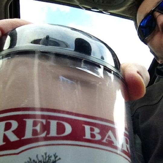 Foto tirada no(a) Red Barn Coffee At Angel's Cafe por Tonyhopedale em 3/26/2012
